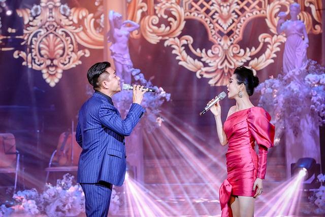Quang Hà nồng nàn với Lệ Quyên hát mừng ngày Phụ nữ Việt Nam - 6