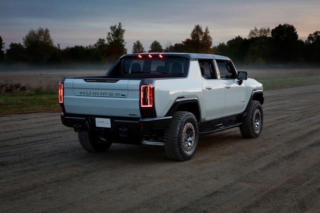 Hummer EV - Sự trở lại ấn tượng của huyền thoại off-road Mỹ - 6