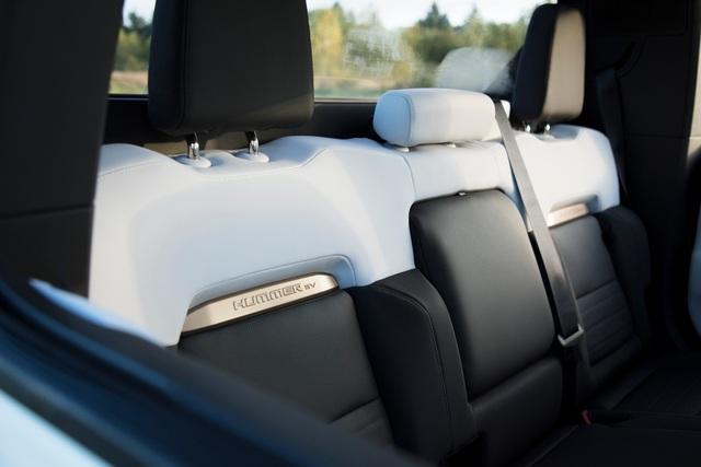 Hummer EV - Sự trở lại ấn tượng của huyền thoại off-road Mỹ - 13