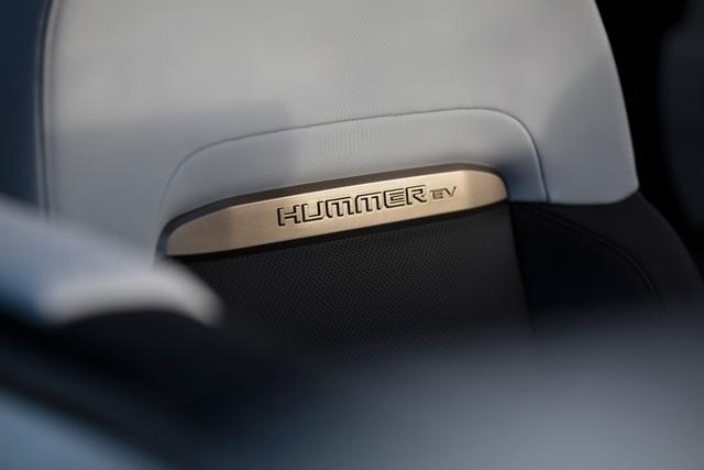 Hummer EV - Sự trở lại ấn tượng của huyền thoại off-road Mỹ - 14