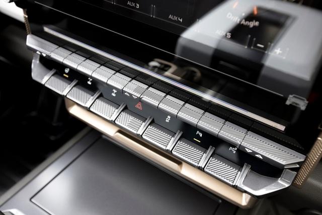 Hummer EV - Sự trở lại ấn tượng của huyền thoại off-road Mỹ - 10