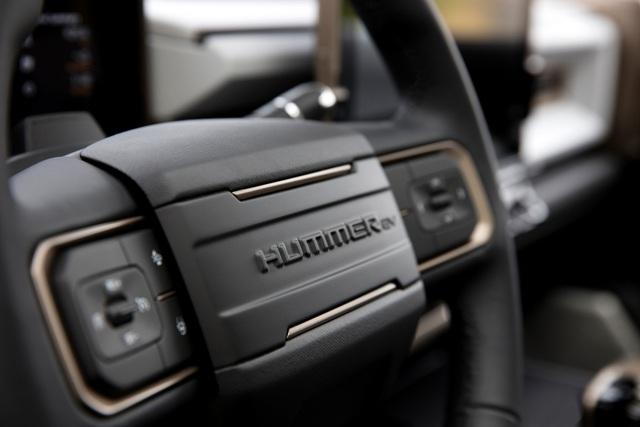 Hummer EV - Sự trở lại ấn tượng của huyền thoại off-road Mỹ - 9