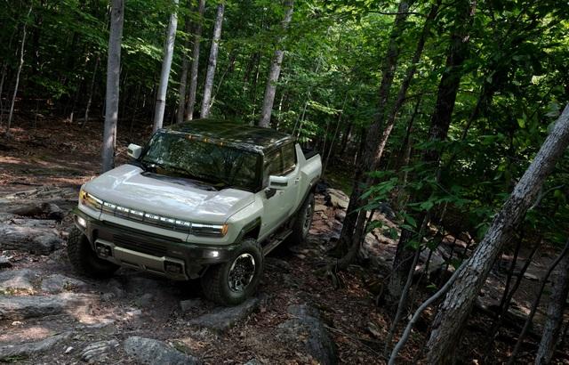 Hummer EV - Sự trở lại ấn tượng của huyền thoại off-road Mỹ - 7