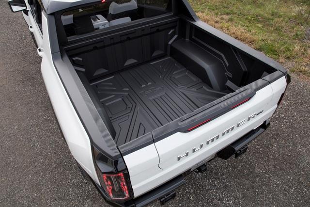 Hummer EV - Sự trở lại ấn tượng của huyền thoại off-road Mỹ - 19