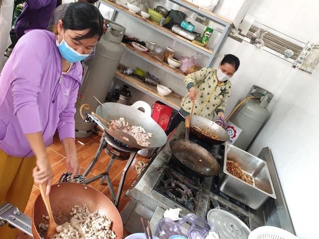 Gói 10.000 chiếc bánh chưng, bánh tét hỗ trợ đồng bào miền Trung - 4