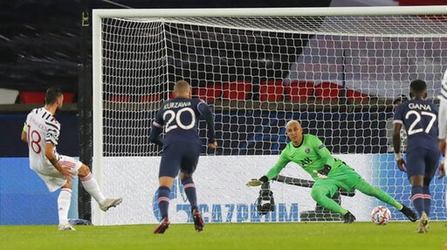 Những khoảnh khắc Man Utd lại gieo sầu cho PSG - 5