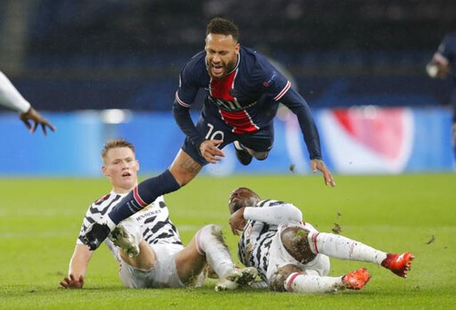 Fernandes, Rashford lập công, Man Utd lại thắng trên sân PSG - 3