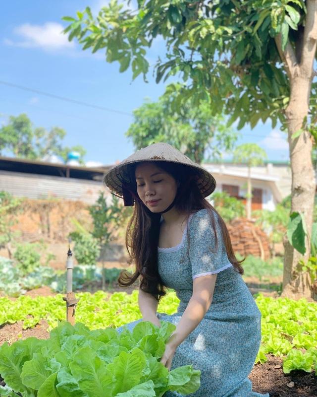 Đã mắt khu vườn 700m2 đủ loại rau củ quả sạch của gia đình ở Đắk Lắk - 6