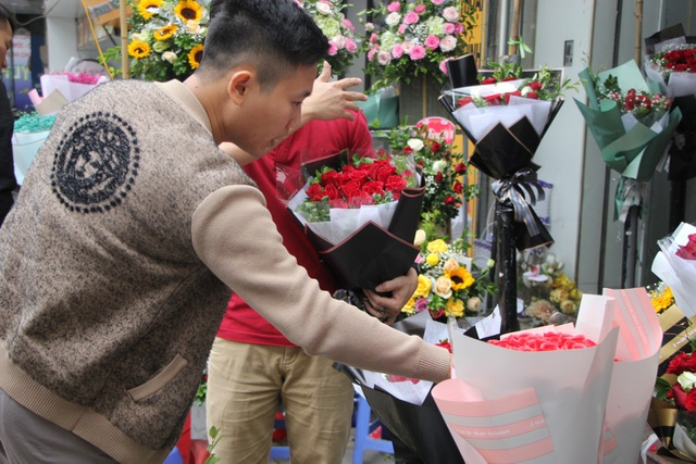 Làm sao để không lãng phí những bó hoa tươi sau mỗi dịp lễ? - 2