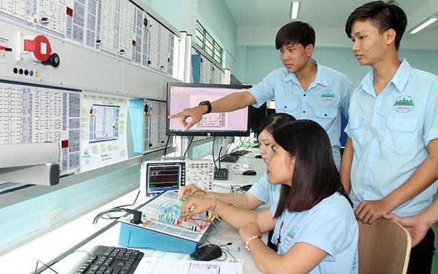 Tạo điều kiện cho cơ chế, chính sách trong hoạt động giáo dục nghề nghiệp - 1