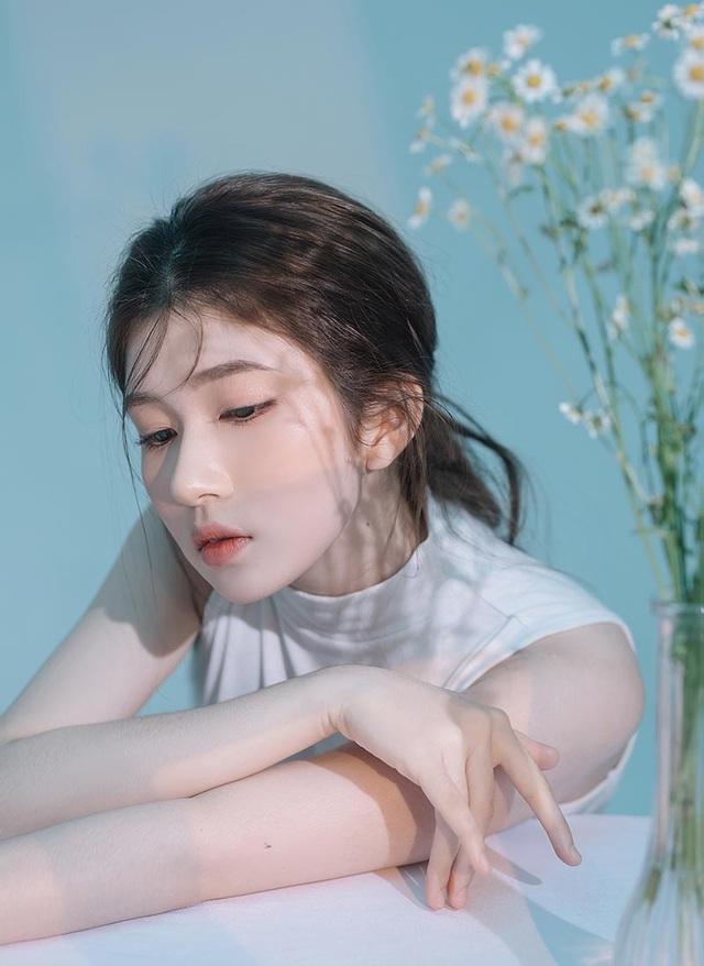 Thiếu nữ 10X Quảng Ngãi khoe vẻ đẹp thanh tú - 2