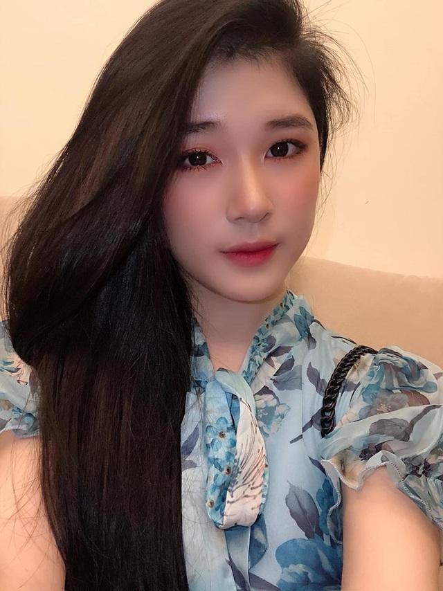 Thiếu nữ 10X Quảng Ngãi khoe vẻ đẹp thanh tú - 9