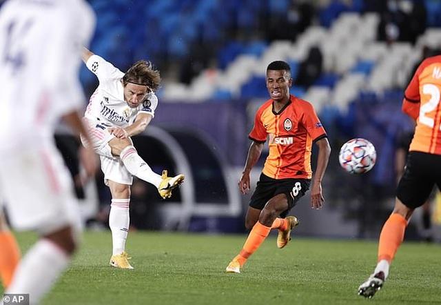 Real Madrid thua sốc Shakhtar Donetsk tại Bernabeu - 6