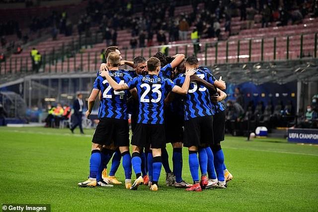 """Lukaku lập cú đúp, Inter Milan """"hút chết"""" trên sân nhà - 2"""