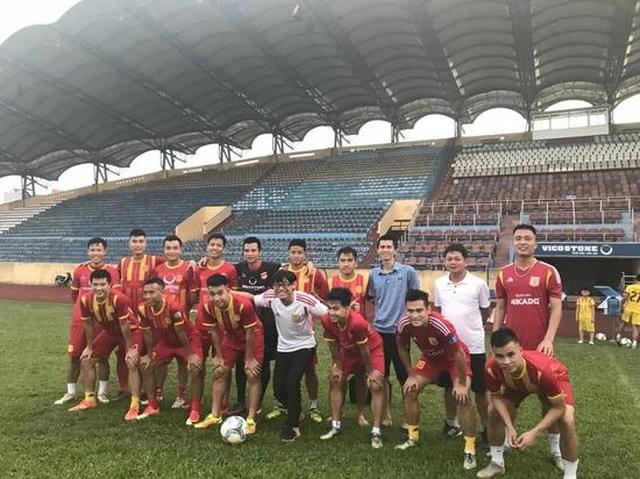 """Báo Trung Quốc: """"Không cần học đâu xa, hãy học hỏi bóng đá Việt Nam"""" - 5"""