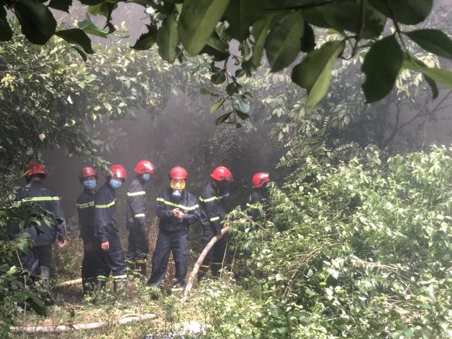 Điều tra nguyên nhân vụ cháy lớn ở công ty xử lý môi trường - 5