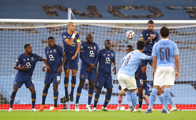 Man City ngược dòng đánh bại Porto tại Etihad - 4