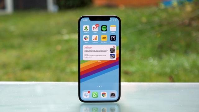 Bất chấp mức giá trên trời, iPhone 12 Pro Max vẫn được săn đón nhất ở VN - 2