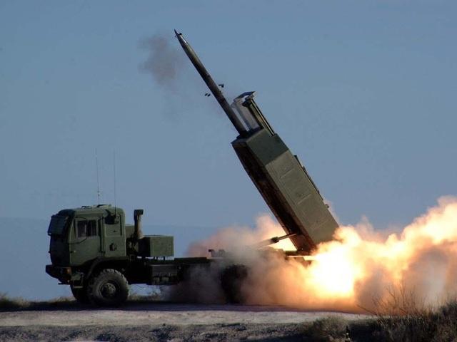 Bộ Ngoại giao Mỹ bật đèn xanh thương vụ vũ khí 1,8 tỷ USD cho Đài Loan - 1