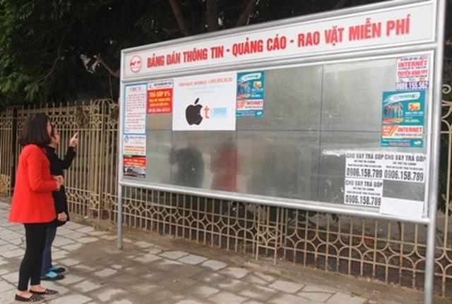 Vụ đánh tráo chất liệu bảng quảng cáo: Khiển trách Trưởng phòng Văn hóa