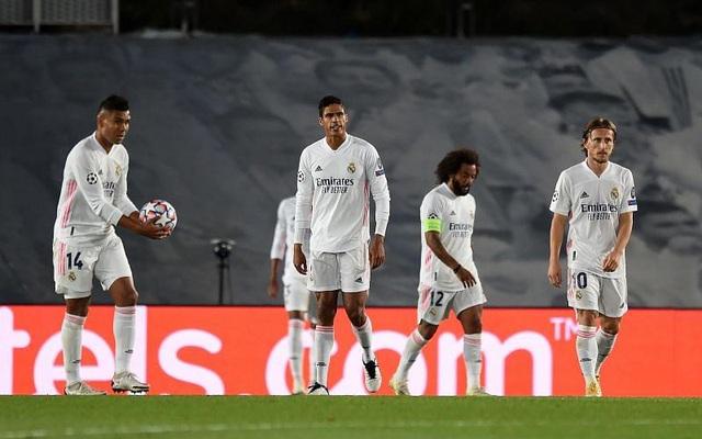 Real Madrid liên tiếp thua sốc: Bi kịch của sự lỗi thời - 1
