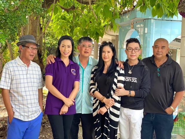 Trịnh Kim Chi, Lê Tuấn Anh tưởng nhớ 24 năm Lê Công Tuấn Anh qua đời - 8