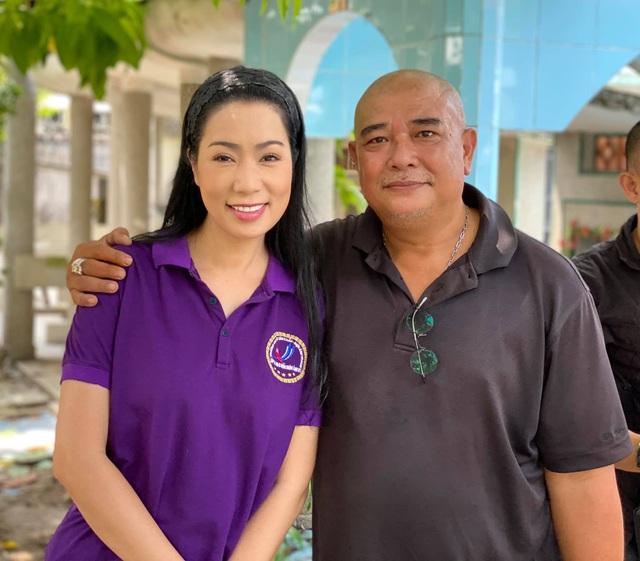 Trịnh Kim Chi, Lê Tuấn Anh tưởng nhớ 24 năm Lê Công Tuấn Anh qua đời - 6