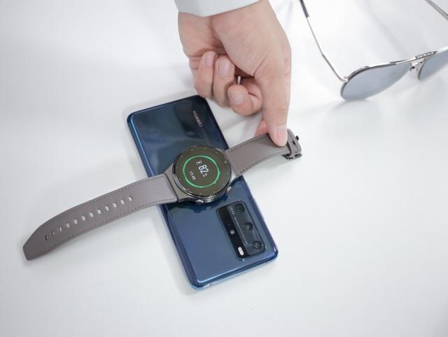 Watch GT 2 Pro - đồng hồ thông minh dành cho quý ông lịch lãm - 4