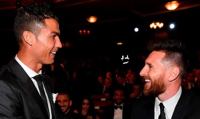 """Messi cảm thấy nhớ C.Ronaldo, mong cho """"đối thủ"""" khỏi bệnh - 1"""