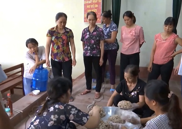 """Hà Nam: Nghề kỹ thuật chế biến món ăn """"hút"""" lao động nông thôn - 3"""