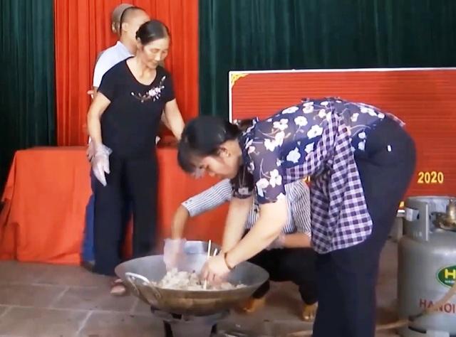 """Hà Nam: Nghề kỹ thuật chế biến món ăn """"hút"""" lao động nông thôn - 2"""