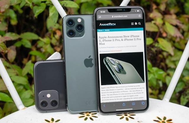 Đón iPhone 12, người Việt ồ ạt thanh lý iPhone đời cũ - 1