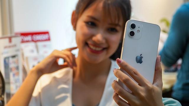 Trên tay iPhone 12 tại Việt Nam, giá từ 25 triệu đồng - 8