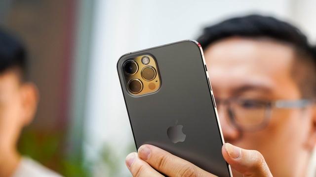Trải nghiệm iPhone 12 Pro tại Việt Nam, giá từ 31 triệu đồng - 4