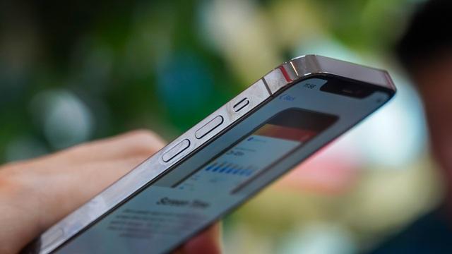 Trải nghiệm iPhone 12 Pro tại Việt Nam, giá từ 31 triệu đồng - 9