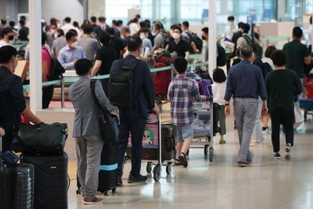 """Sau """"Tuần lễ Vàng"""", Trung Quốc siết lại quy định hạn chế du lịch - 6"""