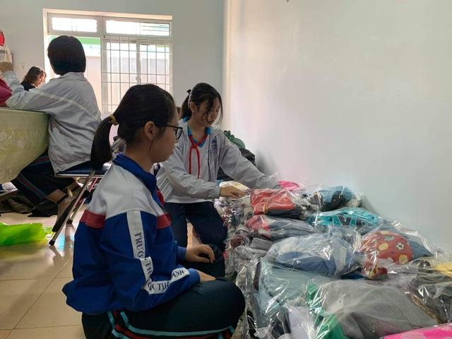 Đắk Lắk: Chung tay hướng về đồng bào miền Trung gặp lũ lụt - 4