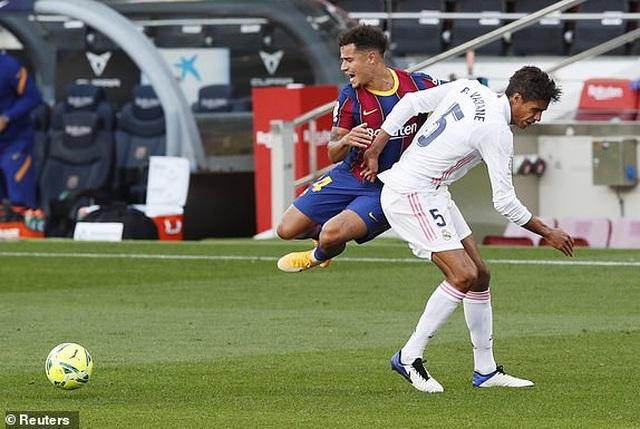 Real Madrid hạ gục Barcelona tại Nou Camp  - 1
