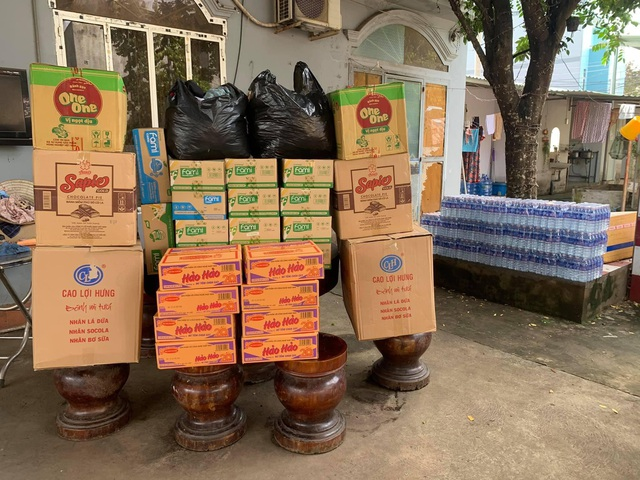Tuổi trẻ Công an Bình Phước gói 3.000 bánh tét tiếp sức vùng lũ - 8