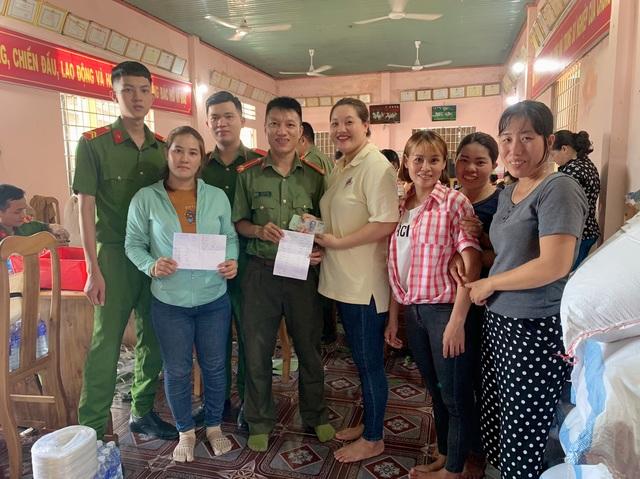 Tuổi trẻ Công an Bình Phước gói 3.000 bánh tét tiếp sức vùng lũ - 7