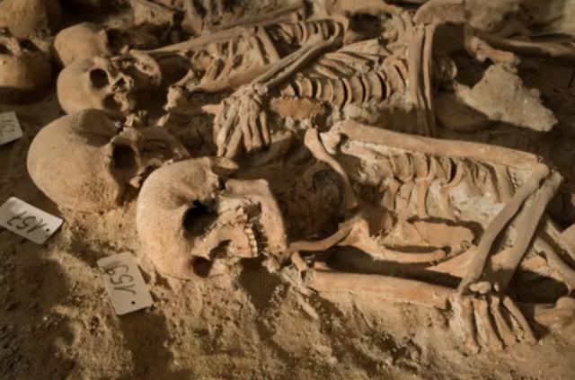 Mê cung hầm mộ rợn người dưới lòng thành phố Paris - 3