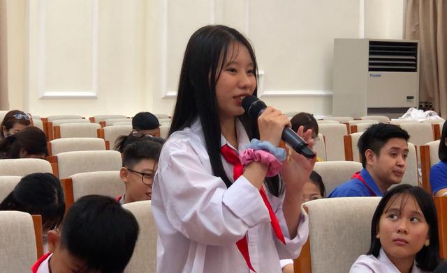 """Học lệch văn hóa, học sinh ngô nghê hỏi: """"Sơn La là huyện nào của Hà Nội?! - 2"""