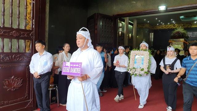 Gia đình, đồng nghiệp tiễn biệt NSND Lý Huỳnh - 16