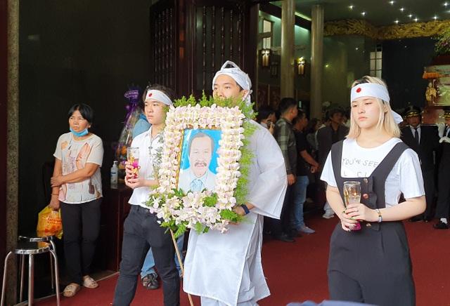 Gia đình, đồng nghiệp tiễn biệt NSND Lý Huỳnh - 17