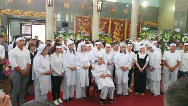 Gia đình, đồng nghiệp tiễn biệt NSND Lý Huỳnh - 6