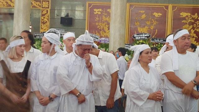 Gia đình, đồng nghiệp tiễn biệt NSND Lý Huỳnh - 9