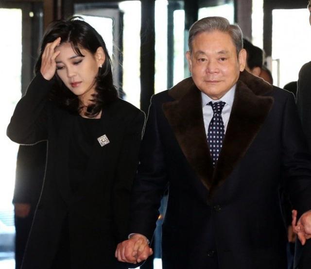 Hé lộ khối tài sản thừa kế kếch xù của hai ái nữ tỉ phú gia tộc Samsung - 3