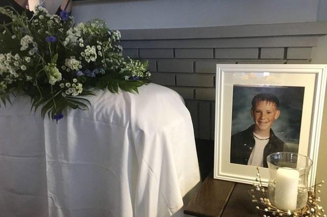 Chàng trai tham dự… tang lễ của chính mình trong ngày sinh nhật - 2