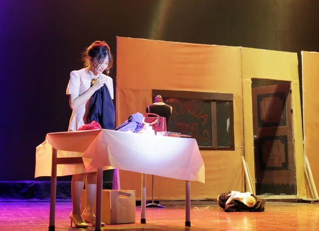 Mãn nhãn đêm nhạc kịch tiếng Anh đầy cảm xúc của học sinh Hà Nội - 9