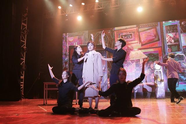 Mãn nhãn đêm nhạc kịch tiếng Anh đầy cảm xúc của học sinh Hà Nội - 7
